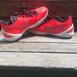 Nike Hyper chase sneakers Men's size 8